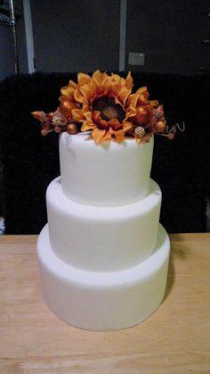 Yellow sunflower acorn fall autumn round tiered wedding cake