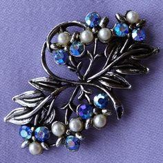 Vintage Pearl & Blue Aurora Borealis Stone Floral Brooch