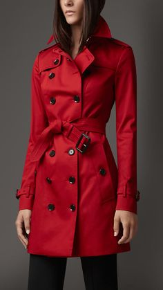 burberry london mid-lenght rainwear cotton trench coat - military red. $1,195.