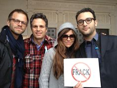 V with hubby Carmine and Mark Ruffalo protesting. Hydrofracking. To learn more and fight back check out Gaslandthemovie.com