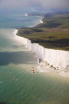 Impresionantes los acantilados blancos de Dover,