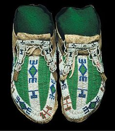 sioux - beaded moccasins