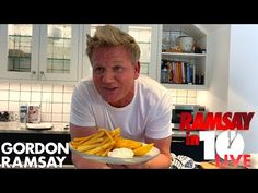 Gordon Ramsay Attempts To Make Fish Chips at Home in 10 Minutes How To Make Fish, Easy Food To Make, Beer Battered Cod, Chef Gordon Ramsay, Ramsay Chef, Sauce Tartare, Rotisserie Oven, Countertop Oven, Gordon Ramsey