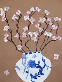 O's Art Room: Grade Ming Vases with Cherry Blossoms. Or, print blossoms with the bottoms of plastic soda/water bottles Spring Art Projects, School Art Projects, Third Grade Art, Second Grade, Bd Art, Cherry Blossom Art, Chinese Blossom, Art Chinois, Art Lessons Elementary