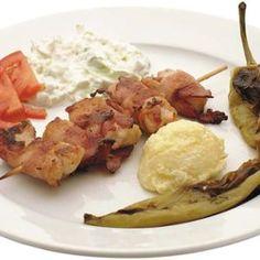 Csirke Razsnyics szalonna köntösben - Megrendelhető itt: www.Zmenu.hu - A vizuális ételrendelő. Meat, Food, Essen, Meals, Yemek, Eten
