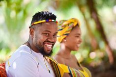 Bontle Bride features real weddings with a flavour of culture, plus wedding tips, ideas, tricks and money saving articles. Wedding Tips, Wedding Blog, South African Weddings, My Wardrobe, Real Weddings, Caribbean, Culture, Bride, Stylish