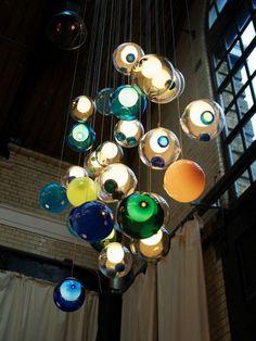 Шары-светильники для набора можно выбирать по своему усмотрению.