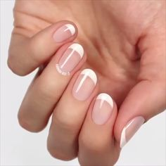 I'm a classic manicure fan. French manicure on short nails does the trick! Minimalist Nails, Nail Art Designs Videos, Bridal Nail Art, French Tip Nails, Colored French Nails, Short French Nails, French Manicure With A Twist, White French Nails, French Manicure Nail Designs
