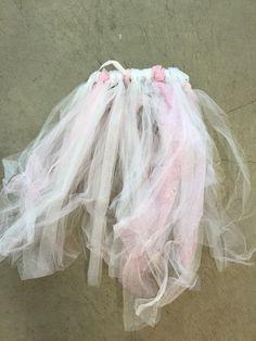 24 white and pink tulle skirts (or dresses if worn on children)  #LAUnboundTutus #LAUnboundWhite #LAUnboundKids #LAUnboundBigGroup