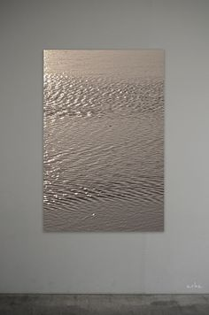 The surface of bronze-gold water. Tomomichi Morifuji | Tumblr