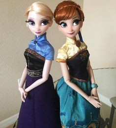 MmDisney Doll Collection — FF Anna and Regal Elsa. Never noticed how similar...