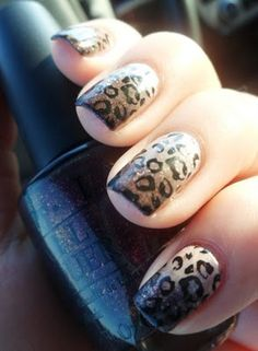 Gradient leopard nails