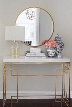 Home Room Design, Home Interior Design, Living Room Designs, Home Living Room, Living Room Decor, Bedroom Decor, White And Gold Decor, White Gold, Entrance Hall Decor