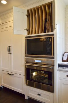 Forest Ave. - traditional - kitchen - new york - Dearborn Cabinetry LLC