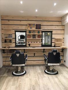 Salon Equipment Barber Shop Inspiration- Decor Ideas and Design Buyrite Beauty Salon Equipment Modern Barber Shop, Barber Shop Vintage, Best Barber Shop, Barber Shop Interior, Hair Salon Interior, Barber Shop Decor, Home Hair Salons, Home Salon, Interior Design Software
