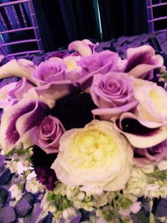 Brides bouquet 10-18