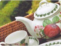 Vajilla opaca, muy resistente y a la vez muy ligera. Colección decorada en sus platos con frutas variadas que le dan alegría a la mesa especialmente pensada para casas de campo, alojamientos rurales y cotos.  #vajilla #vajillas #vajillaporcelana #porcelana #porcelain  #vajillainglesa #porcelanainglesa