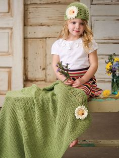 Crochet Gift Patterns for Babies & Kids - Darling Daisies Hat & Blanket Set -- Free Crochet Pattern