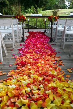 Ready for a walk down the aisle with petals in Ombre style