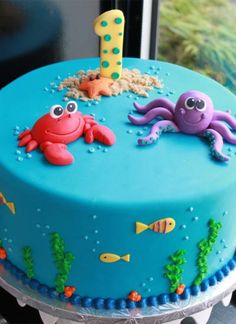 Birthday Cakes: Beautiful Baby Birthday Cake Ideas Simple but SO cute! Check it out on (Photo via Whipped Bake Shop) under the sea cakeSimple but SO cute! Check it out on (Photo via Whipped Bake Shop) under the sea cake Ocean Cakes, Beach Cakes, Baby Shower Kuchen, Baby Birthday Cakes, Beach Cake Birthday, Boy Birthday, Birthday Ideas, Turtle Birthday, Cake Baby