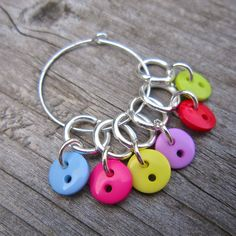 Button Stitch Markers, knitting, cute and colourful | wowthankyou.co.uk
