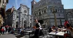 In an effort to fend off snacking tourists, the city is hosing down landmarks at lunchtime.