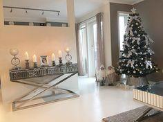#Repost @interiorcamilla  #classicliving #classy #homedesign #house #furnitures #møbler #interiør #interior #furniture #home #interiorlovers  #housedecor #interiorpassion #decoration #design #vakrehjemoginteriør #housestyling #homestyling #classy  #vakrehjem #nordiskehjem #nordicinspiration #boligpluss #bobedre #skandenaviskehjem #finahem #classichomes  #interiordesign #interiorstyle @classicliving