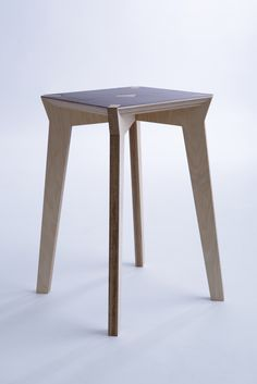 Mako stool by Moskou