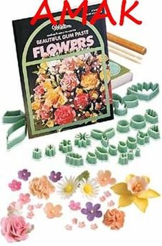 Wilton Floral Collection Gum Paste Flower-Making Set Cake Decorating Techniques, Decorating Tools, Sprinkles, Baking Supply Store, Plastic Cutter, Baking Supplies, Baking Tools, Baking Ideas, Gum Paste Flowers