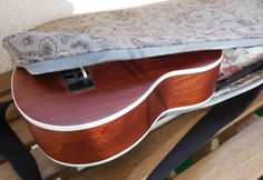 Moje malé radosti.....: Obal na ukulele...dlouho chtěný a dlouho upomínaný...
