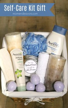 DIY Self-Care Kit Bath Gift Basket Self-Care Kit Gift Basket – a simple gift idea perfect for Mother's Day, a friend's birthday, Birthday Ideas For Her, Birthday Gifts For Best Friend, Unique Birthday Gifts, Friend Birthday, Best Friend Gifts, Gifts For Friends, Diy Birthday, Birthday Gift For Mother, Birthday Quotes