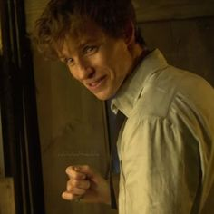 Addicted to Eddie: Wonderful video essay about Newt Scamander the hero and fanmade clip