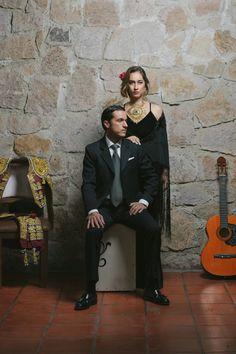 THE V BOOK#toros #taurino #fabianbarba #ale #couple #love #vivianacardona #editorial #portraits #retratos #editorialtaurino