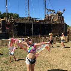 Festival kid at BoomTown - find out what a ten year old thinks of this awesome adventure