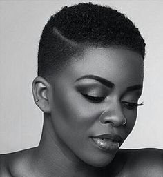 [FACE | Black & white photo quality makeup. Captures her complexion and features beautifully.]