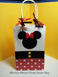 Minnie Mouse inspired Party favor bag, birthday favor, minnie party favor