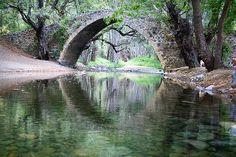 Kefalos Bridge in Paphos, Cyprus. Ayia Napa, Places To Travel, Places To See, Cyprus Paphos, Cyprus Island, Cyprus Holiday, Limassol, Holiday Destinations, Beautiful Landscapes