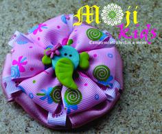 moños y accesorios para niñas hechos a mano