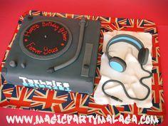Tarta Mesa de Mezclas - DJ Cake