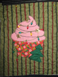 December Panel - Cupcake Quilt