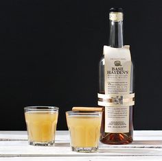 Bourbon Cider Cocktail with Cinnamon + Ginger
