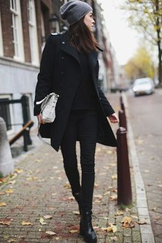 Black_outfit3