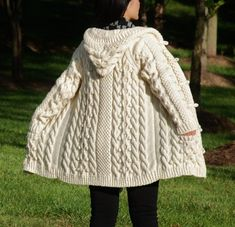 Hand Knit Women Chunky Cable Aran Irish Fisherman Sweater Coat Cardigan Top Whole Wool Ivory White S Aran Knitting Patterns, Cable Knitting, Knit Patterns, Hand Knitting, Knitted Coat, Hand Knitted Sweaters, Wool Coat, Handgestrickte Pullover, Knit Cardigan Pattern