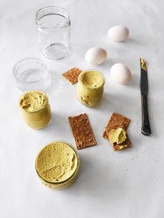 light tofu spread with vegetables Ninja Recipes, Tofu Recipes, Low Carb Recipes, Vegetarian Recipes, Healthy Recipes, Healthy Foods, Tapenade, Entree Vegan, Fingers Food