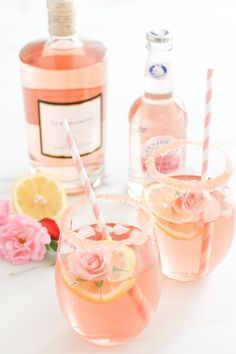 Bridal shower drink idea - Rosé cocktail {Courtesy of Glitter Guide}