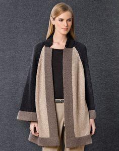 Rivista Donna Concept 1 Autunno / Inverno | 42: Donna Cappotto | Grigio medio / Beige / Grigio molto scuro