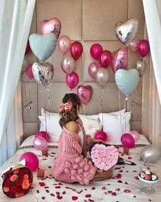 Happy Friday Via By . Birthday Ideas For Her, Birthday Girl Pictures, Birthday Goals, 30th Birthday Parties, Birthday Photos, Girl Birthday, Birthday Balloon Decorations, Birthday Balloons, Mode Poster
