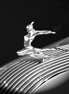 Indian Maiden  Pontiac used the Chief Pontiac as their factory mascot, except for the years 1934 and 1935 when the Indian Maiden graced their hood