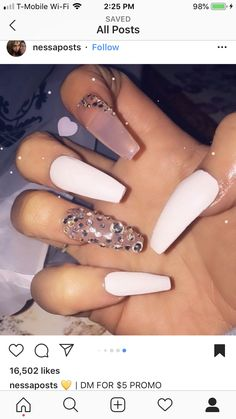 There are three kinds of fake nails which all come from the family of plastics. Acrylic nails are a liquid and powder mix. They are mixed in front of you and then they are brushed onto your nails and shaped. These nails are air dried. Aycrlic Nails, Dope Nails, Prom Nails, Hair And Nails, Best Acrylic Nails, Acrylic Nail Designs, Acryl Nails, Manicure E Pedicure, Birthday Nails