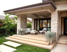 Contemporary with covered patio piece outdoor sofa sets porche moderne, mod Modern House Plans, Modern House Design, Patio Design, Exterior Design, Porch Railing Designs, Porch Railings, Modern Front Porches, Wooden Garden Furniture, Adirondack Furniture